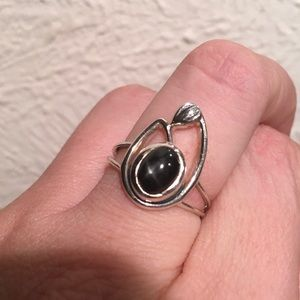 Artistic Black-Star Diopside Swan Ring!